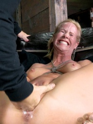 MILF roughy fucked by black cock, pic #1