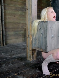 Tiny blonde turned into blowjob box, pic #10